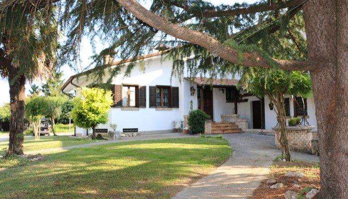 Appartamenti in Villa 8090