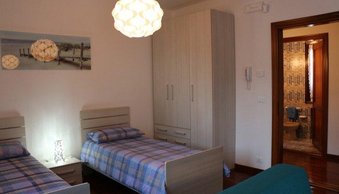 Appartamenti in Villa 8239
