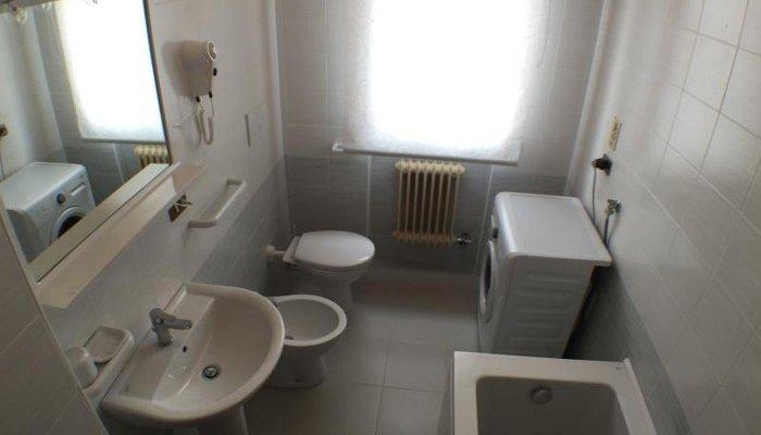 Appartamenti in Villa 8287