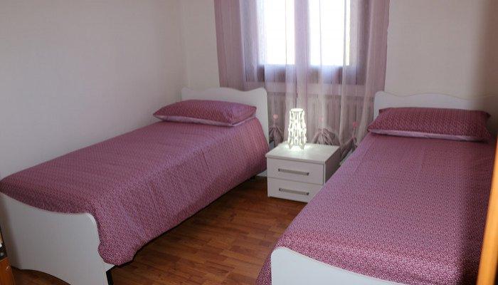 Appartamenti in Villa 8215