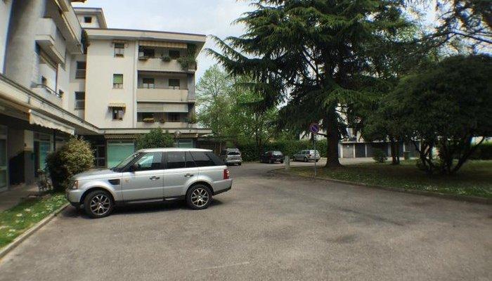 Appartamenti in Villa 8319