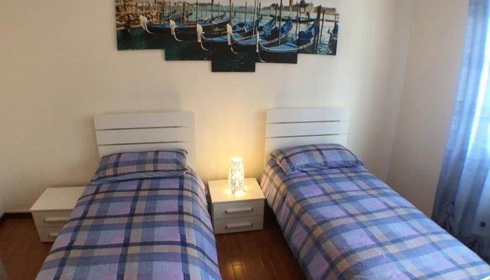 Appartamenti in Villa 8347